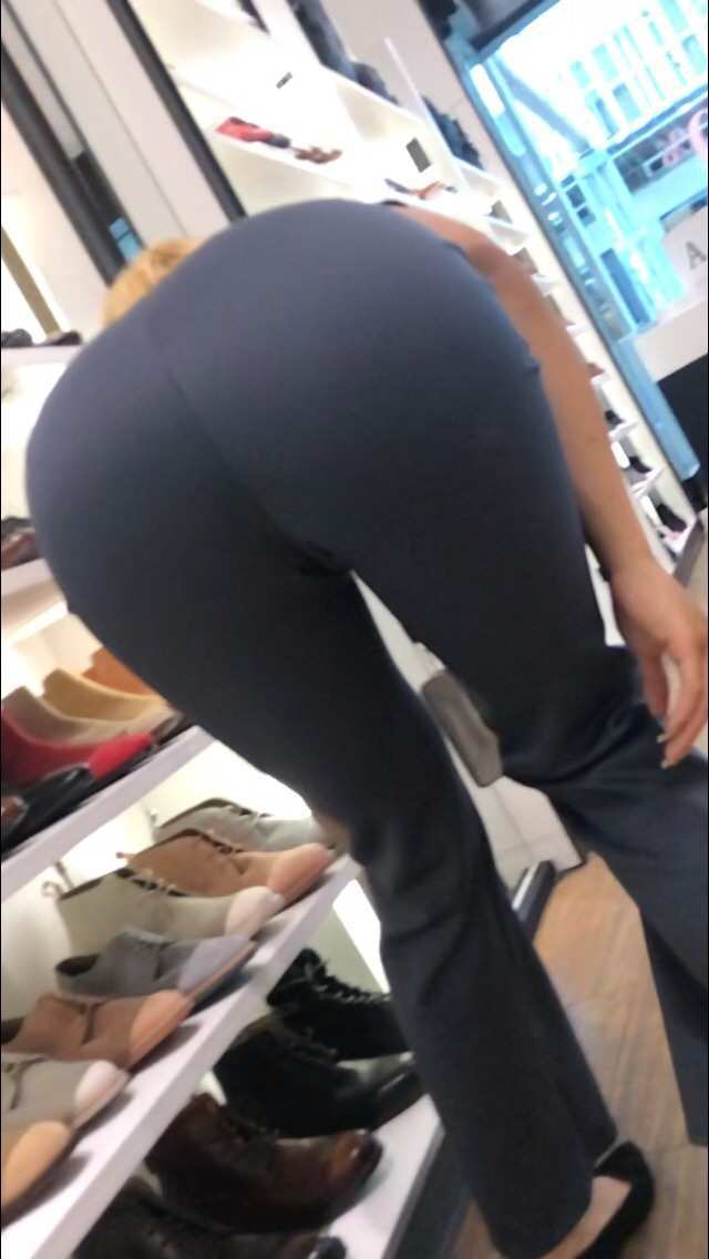 Light Skin Ebony Fat Ass